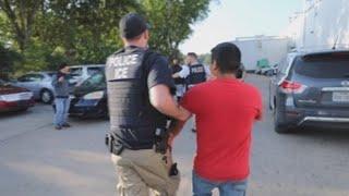 El ICE detiene en Misisipi a 680 inmigrantes en la mayor redada en una década