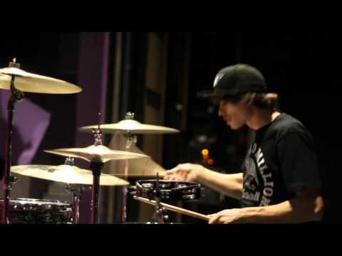 Chromeo - Night by Night (Skream remix) - Drum cover by Franck Richard.