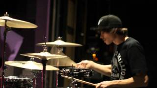 Chromeo - Night by Night (Skream remix) - Drum cover by Franck Richard.