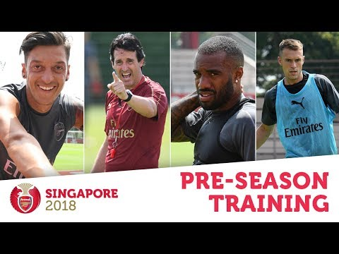 WOW, IT'S HOT!  Arsenal stars train in Singapore   #AFCTour2018