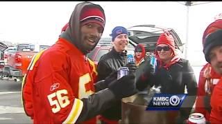 Chiefs fans find ways to stay warm on frigid Sunday