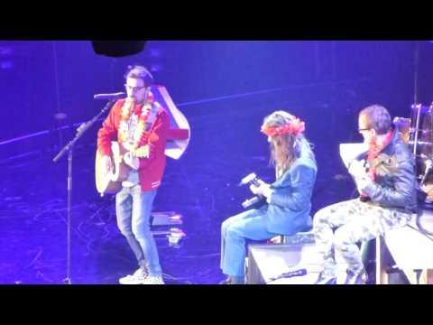 Island in the Sun- Weezerr (Forum 12-11-16)