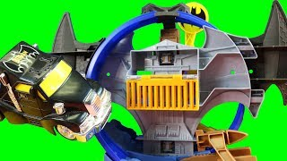 Hot Wheels Batman Batcave Playset + Batmobile Transporter ! Superhero Toys