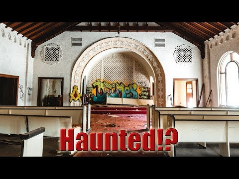 Haunted? Abandoned Funeral Home Built 1929 Part 1.