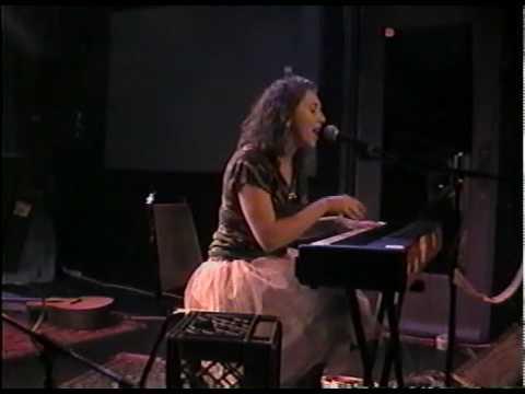 "Regina Spektor - ""Hero"" (2004-09-09) - 10 of 13"