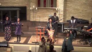 Sunday 1/11/15: Praising Song: Mataifa yote yatakusanyika mbele zake Yesu.