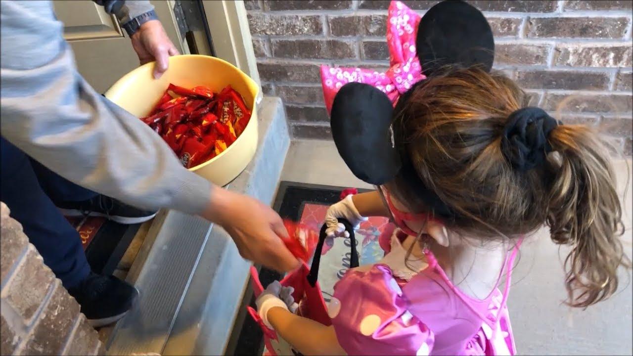 Toddler London Trick-Or-Treating 2020