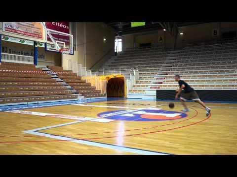 Basketball - Apprendre le double pas (vidéo débutants)