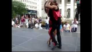 Haitian couple dancing Kizomba to Haitian music (Kompa)!