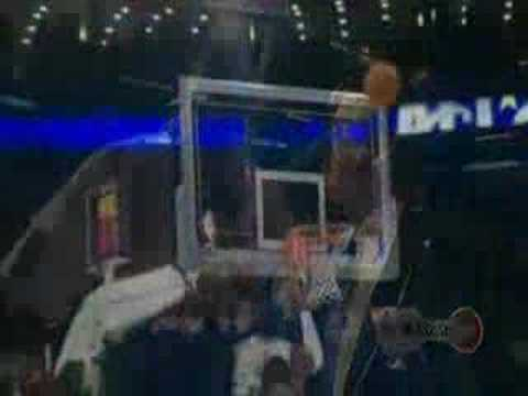 stagehands set up halftime show for nba 2008 all-star game..