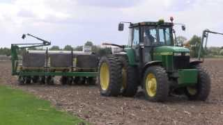 Farms.com Corn Report:  Planting Tips For Producing High Corn Yields.