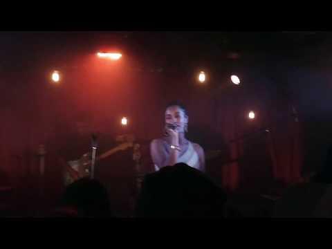 Jorja Smith - Beautiful Little Fool (18.04.28)