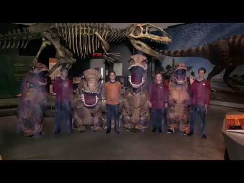 A Star Trek expedition encounters the Ultimate Dinosaurs on their trip to Ottawa