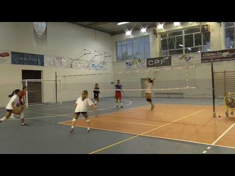 voleibol:-ejercicios-para-entrenar-el-golpe-de-remate/ataque-(manualidad)