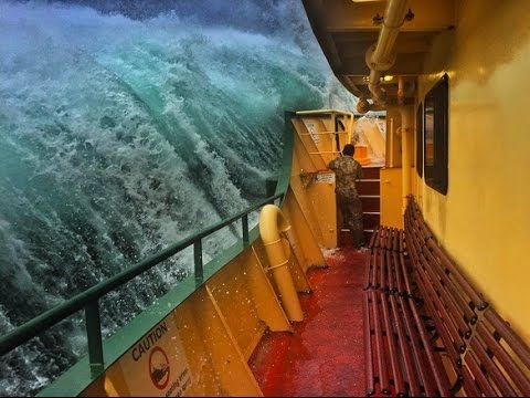 Manly Ferry crossing Sydney Harbour during massive storm!