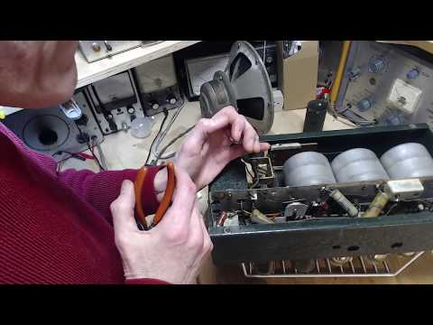 Eveready Model 32 Video#11 - Coil and Capacitors