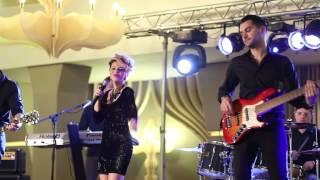 Iulia Dumitrache & Band - Colaj slagare romanesti