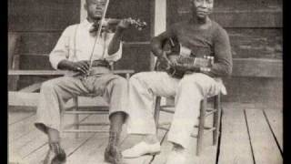 32-20 Blues, MUDDY WATERS, (1942) Blues Guitar Legend