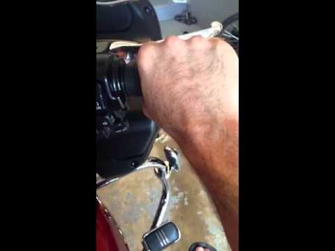 2013 Harley Road Glide throttle binding