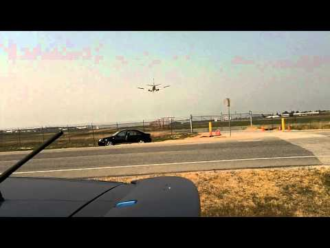*YVR Arrivals in HD* WestJet Flt 257 arriving runway 26R from Calgary YYC