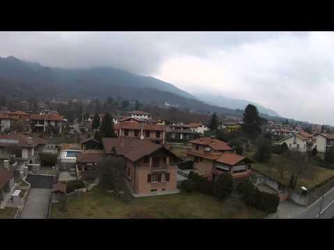 Volo con drone sopra Cittiglio.