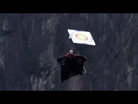 Wingsuit Flying Target Strike Wows Spectators in Central China