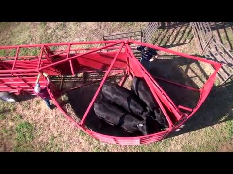 Mid-Plains Equipment Titan West Cattle Handling Equipment