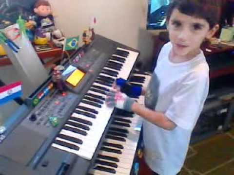 Criança de 7 Anos Tocando Pink Floyd-Wish You Were Here-Gabriel Fernandes Travel Video