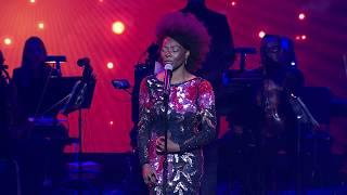 """Baixar Concha Buika performs """"Sueño Con Ella"""" (Live!) - 30th Hispanic Heritage Awards"""