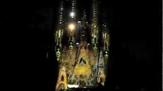 3D video mapping projection - Sagrada Familia - La Mercè 2012 - Barcelona Tour(THE BEST TRAVEL GUIDE OF BARCELONA download it here http://goo.gl/Ip34Dj http://www.facebook.com/BarcelonaEcoTour Barcelona received thousands ..., 2012-09-25T14:49:56.000Z)
