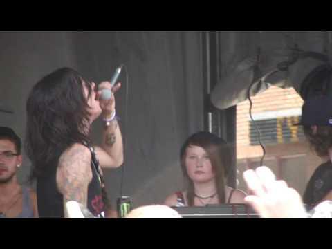 Warped Tour 2009 - Breathe Carolina - Diamonds - Live High Quality