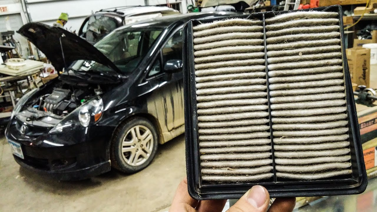 small resolution of how to change the air filter on a honda fit 07 08