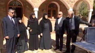 محافظ جنوب سيناء يقدم مساعدات لدير سانت كاترين بـ30 ألف جنيه