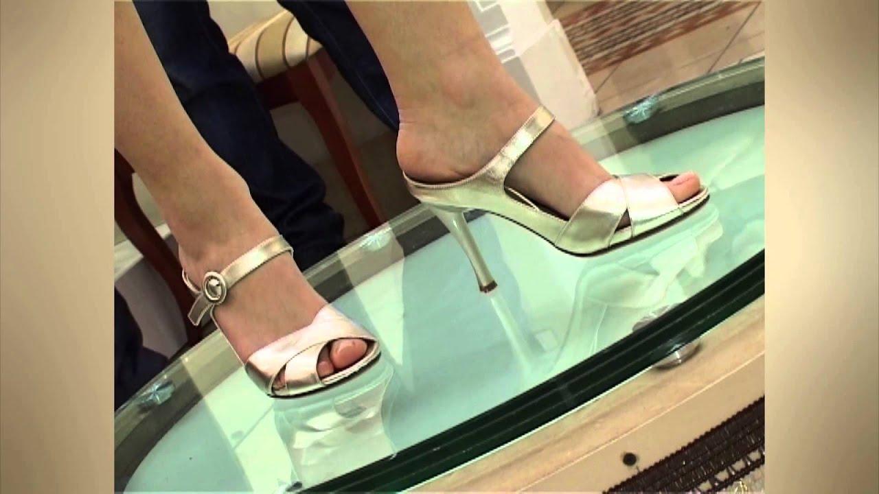 Женская обувь в каталоге мегатоп с ценами и фотографиями. Фильтрация моделей, возможность проверить наличие пары в магазине.