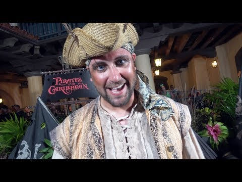 Real LIVE Pirates added to Pirates of The Caribbean - Not So Scary Halloween Party - Gunpowder Pete