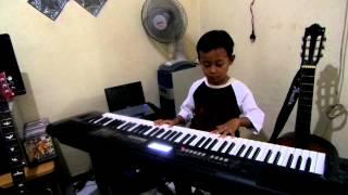 Anak 4 tahun Pandai Piano (Melly - Bunda)