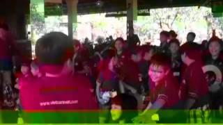 Việt Caravan đi bụi, để con trưởng thành