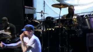 "Eminem @ Lollapalooza 2014- ""Berzerk""  Live (720p HD) 8-2014"