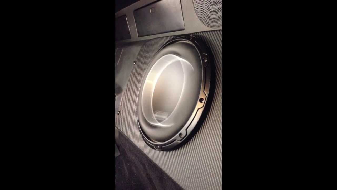 JL Audio 10w6v3 excursion... Incredible subwoofer! - YouTube