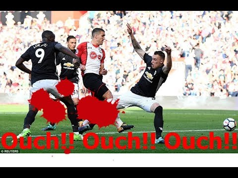 PHIL JONES Awkward Tackle Manchester United vs Southampton