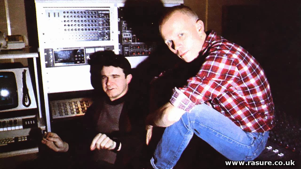 Vince Clarke, Eric Radcliffe & Absolute - The Merry Go Round - YouTube