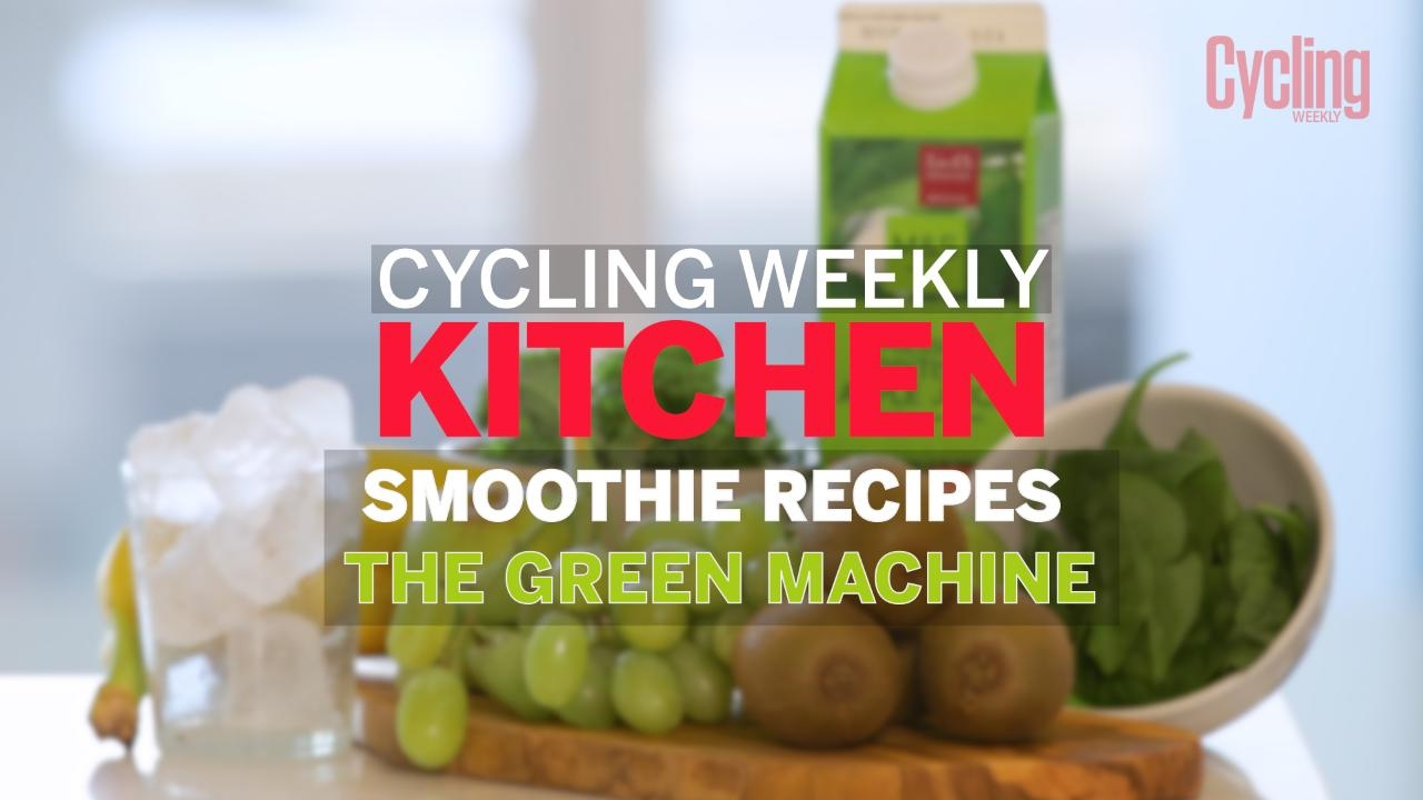 How To Make A Green Machine Smoothie Cycling Weekly Youtube