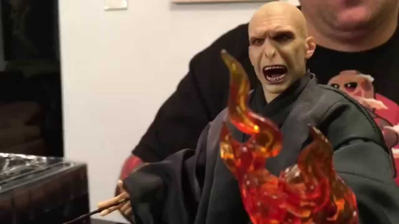 Sideshow Live Lord Voldemort Figure Giveaway | Sideshow Collectibles