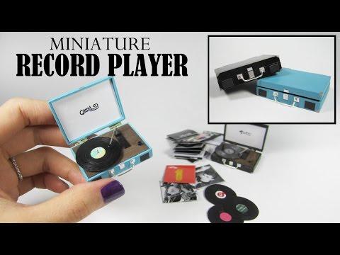 DIY Miniature: Retro Record Player