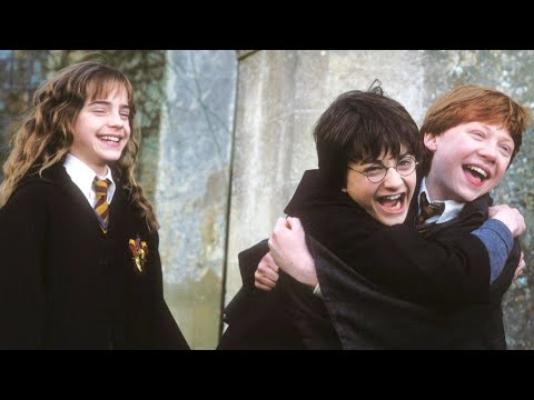 Download Daniel Radcliffe, Emma Watson and Rupert Grint Behind the Scenes of Harry Potter