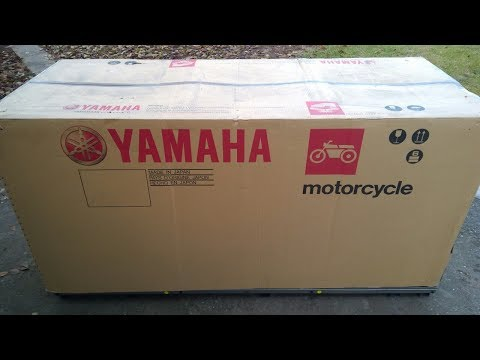 Brand New YZ125 2018 unboxing and first start