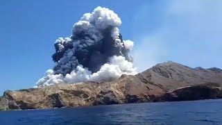 New Zealand's White Island Volcano suddenly erupts, with tourists still in the area