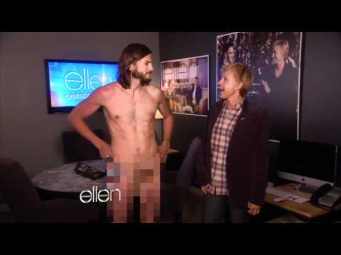 Ashton Kutcher Gets Naked