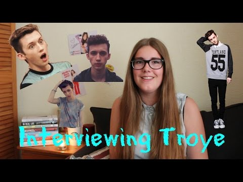 did troye dating connor