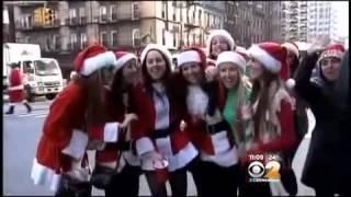 Fighting Santas Brawl In New York SantaCon 2013